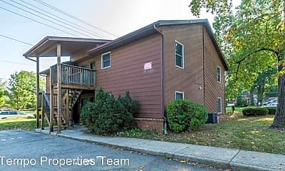 Building, 515 E Smith Ave, 2