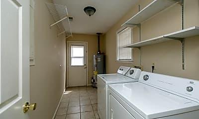 Bathroom, 2913 Belwood Dr, 2
