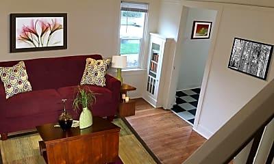 Living Room, 2031 N Watts St, 0