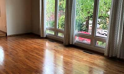 Living Room, 1167 SE Kane St, 1