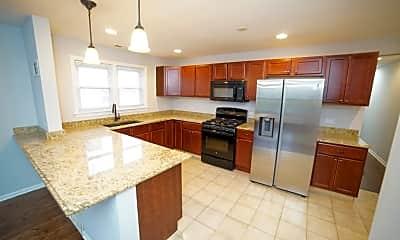 Kitchen, 8918 Lavergne Ave 2S, 1
