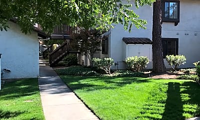 La Crosse Village Apartments, 0