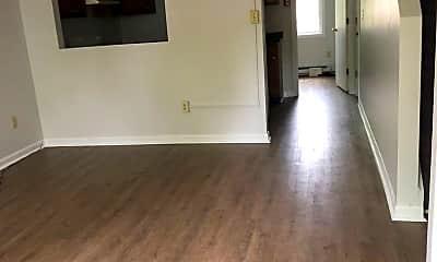Living Room, 31 Hyde St, 1