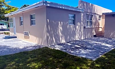 Building, 5800 Taylor St 2, 0