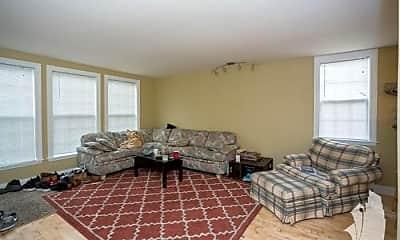 Bedroom, 1059 W Fry St, 1