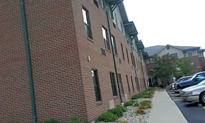 Westfield Manor, 1