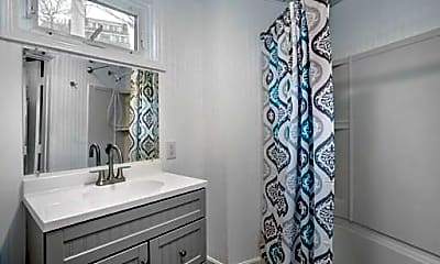 Bathroom, 287 Nantasket Ave, 1
