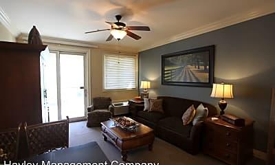 Living Room, 430 W Glenn Ave, 0