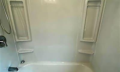 Bathroom, 615 N Tibbs Ave I, 2