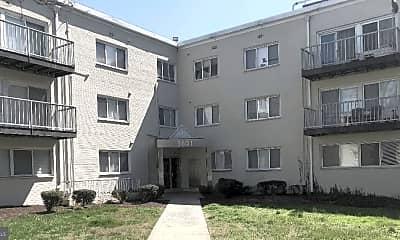 Building, 5601 Parker House Terrace 106, 1