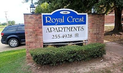 Royal Crest Apartments, 1