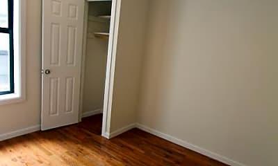 Bedroom, 3850 Broadway, 2