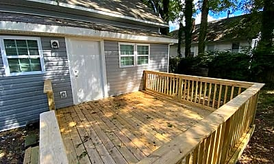 Patio / Deck, 107 S Ransom St, 2