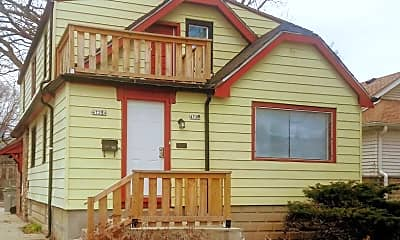Building, 4725 N 49th St, 2