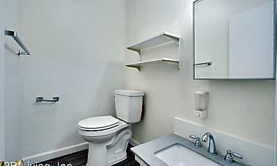 Bathroom, 138 Noe St, 2
