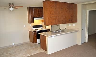 Kitchen, 828 W Sacramento Ave, 0