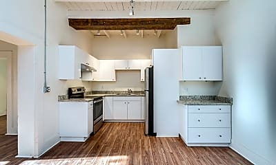 Kitchen, 511 S Meyer Ave, 1