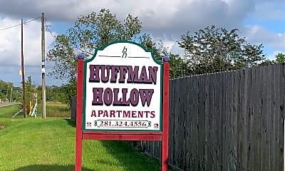 Huffman Hollow Apartments, 1