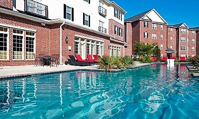 Pool, The Grove at Statesboro, 1