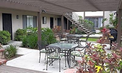 Recreation Area, Kingman Apartments, The, 2