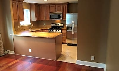Kitchen, 800 N Taney St, 1