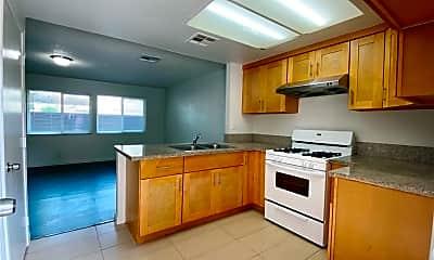 Kitchen, 3031 Lashbrook Ave 6, 1