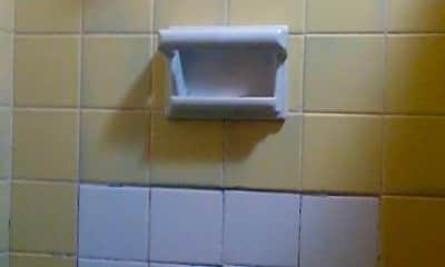 Bathroom, 1816 NW 46th St, 2