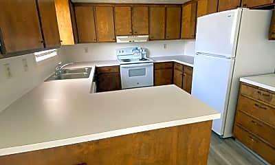 Kitchen, 1256 Kinghorn Rd, 1