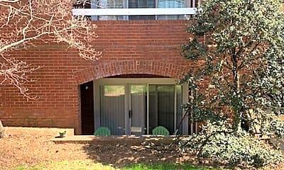 Building, 806 E Jefferson St, 2