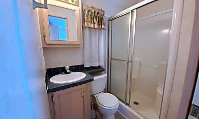 Bathroom, 1219 Thomas Dr, 2