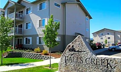 Building, Falls Creek Apartments, 0