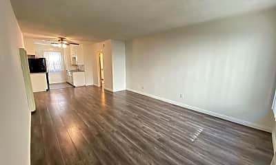 Living Room, 3723 Mentone Ave, 0