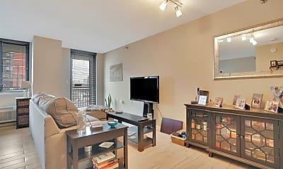 Living Room, 551 Observer Hwy 3M, 1