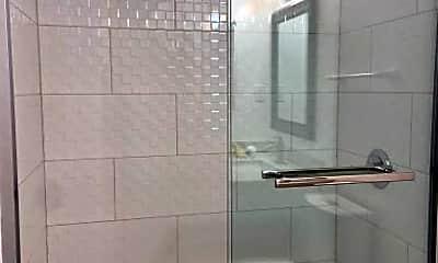 Bathroom, 445 Burnett Ave, 1