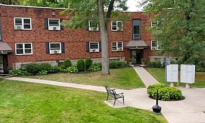 Building, Oak Garden Apartments, 2