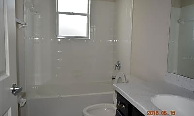 Bathroom, 146 Eloise Oaks Dr, 2