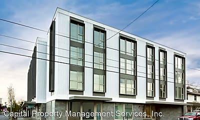 Building, 1313 SE Spokane St, 1