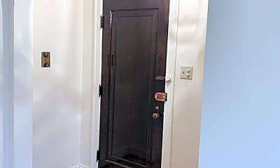 Bathroom, 1434 W Thome Ave 2B, 1