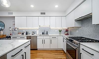 Kitchen, 208 York St, 1