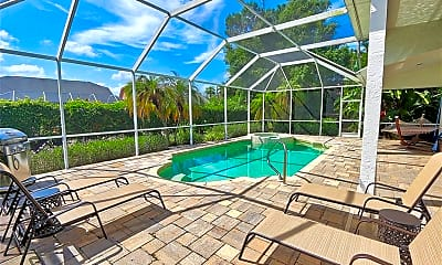Pool, 6601 Cutty Sark Ln, 1