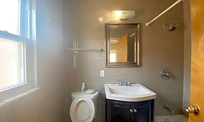 Bathroom, 58-18 186th St, 2