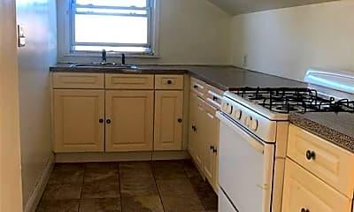 Kitchen, 110 Thurton Pl 2, 1