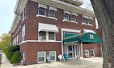Building, 300 Main St, 0