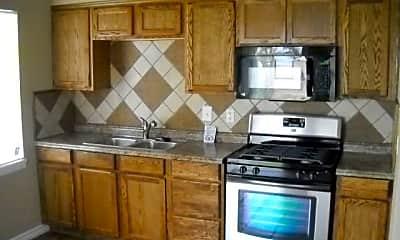 Kitchen, 5290 Pueblo Dr, 1