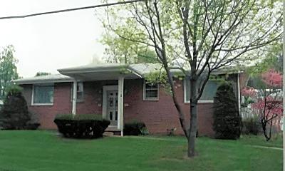 Building, 5605 Erie St, 1