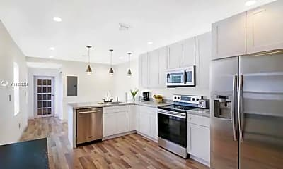 Kitchen, 1450 SW 20th Ave 1450, 1