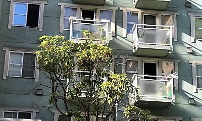 Frank G. Mar Apartments, 2