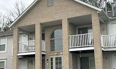 Potters Creek Apartments, 2