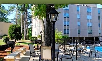 LaGarde Apartments, 1