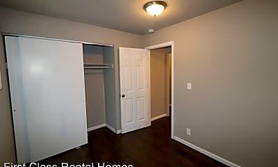 Bedroom, 2342 Wisconsin St, 2